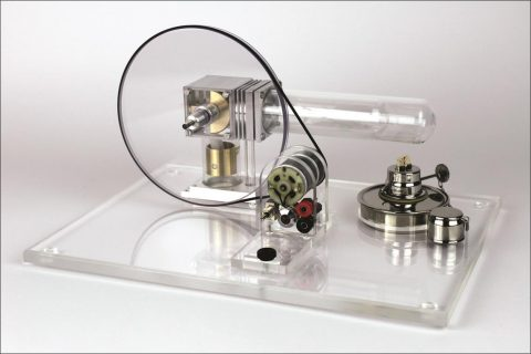 Motore Stirling trasparente, interfacciabile